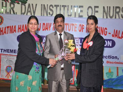 Our Chief Guest Dr. R.L. Bassan Welcomed by Our Vice Principal Dr. (Mrs.) Harbans Kaur and Mrs. Baljinder Kaur (Lecturer)