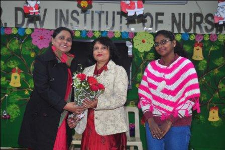 Mrs. Renuka Bhatti(HOD of Biophysics) was the chief Guest of the occasion and was warmly welcomed by Principal Dr. Mrs. Veena Williams